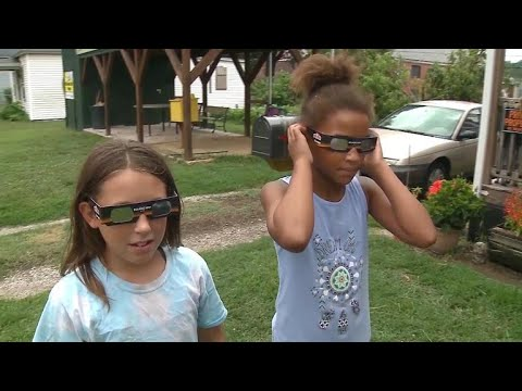 Download Youtube: How to prepare kids for the solar eclipse