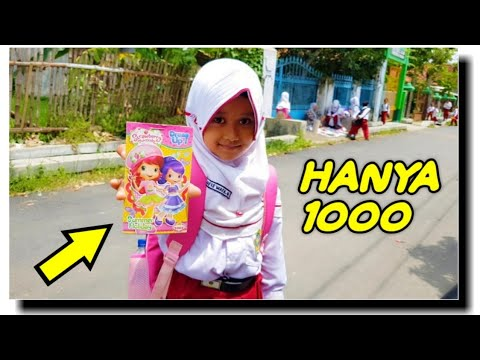 YESSS !! Pulang Sekolah Ketemu Pedagang Mainan Anak Keliling Depan SD. Beli Mainan Murah Lucu \u0026 Unik