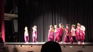 "Daisy Troop Performs ""Thinking Day""  Dance Representing Thailand (2016)"