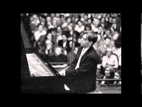 ANTON DIKOV: His brilliant youth performances - Stravinsky Etude op. 7 No 4