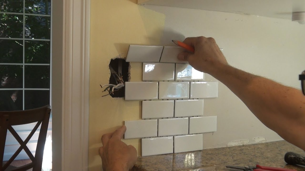 - Backsplash Outlet Before Tile Work. Перенос розетки - YouTube