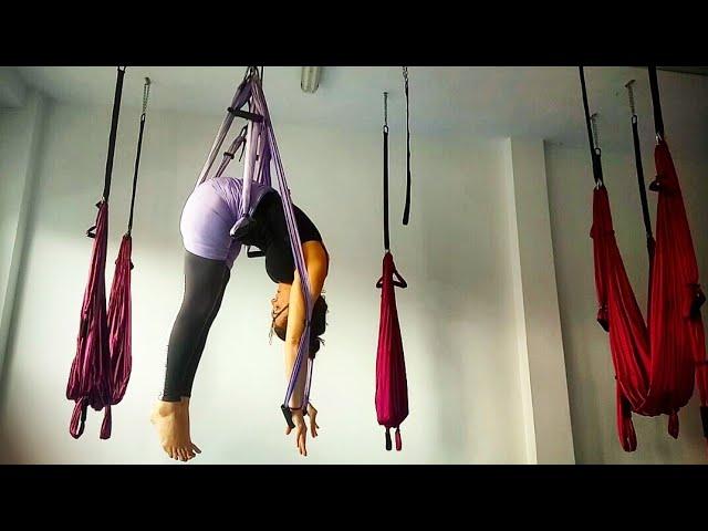 Yoga en Suspensión con NataZen: Superman