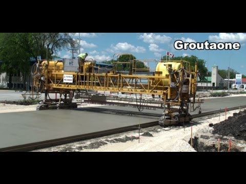 Highway Concrete Machines At Work