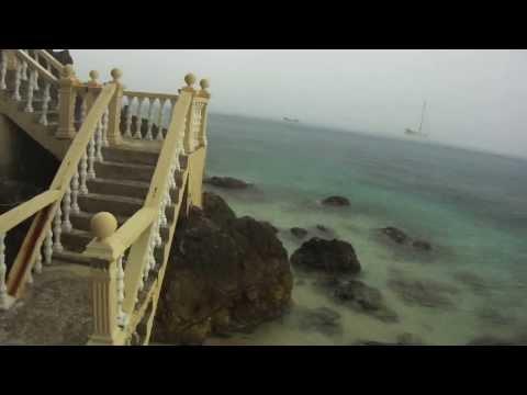 Palau Kapas (Kapas Island) Malaysia - The rain falling down, warm ocean, beautiful beach