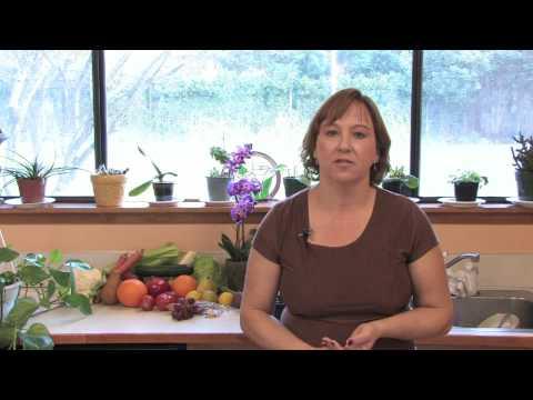 Garden Maintenance Tips : Red Tip Photinia Pruning