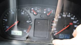 видео Мигает лампа давления масла и пищит зуммер на Audi  и Volkswagen(Ауди Фольксваген) ч1
