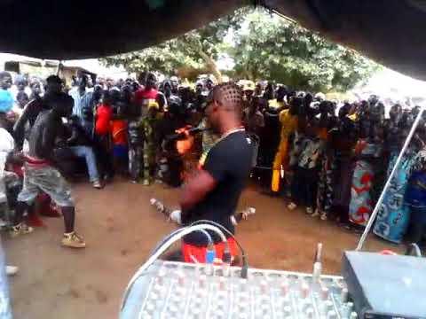 Download Alpha Agbodo Rétro sorti 2013