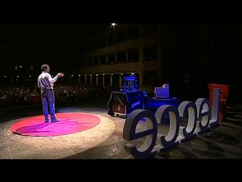 The 3D family | Luciano Cantini | TEDxLecce