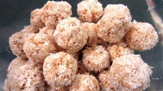 Christmas Treats: Rice Krispy Snowballs