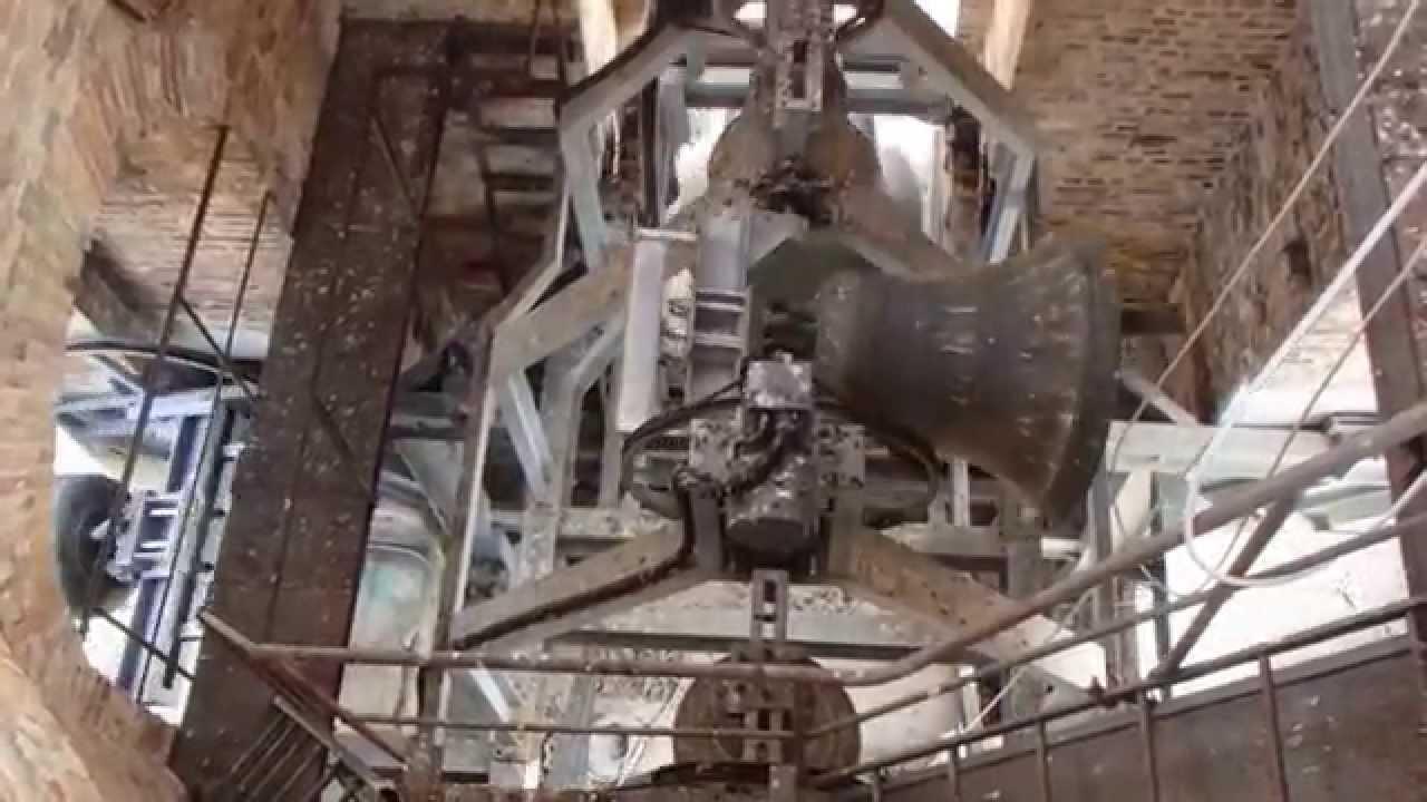 Suono Campane A Festa.Il Suono Delle Campane Del Duomo Di Atri