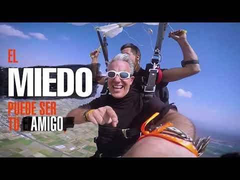 Travel JK - Saltando en paracaídas y conquistando el miedo - Jürgen Klarić
