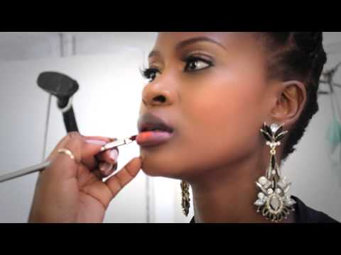 Rasta Is In Trouble After He Paints Zenande Mfenyana Against Her Wishes | The hot Tea from YouTube · Duration:  1 minutes 47 seconds
