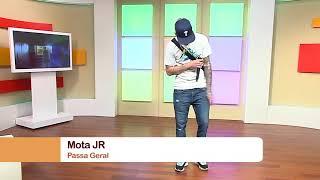 """""""Passa Geral 2"""" foi o tema que Mota Jr atuou nesta tarde. Desfrutem desta composição em português e"""
