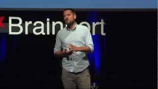 Gambar cover TEDxBrainport 2012 - Arne Hendriks - The incredible shrinking man