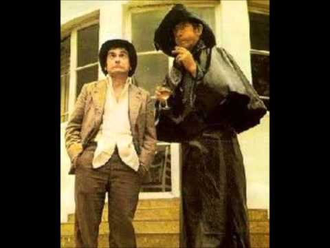 Having a Wank - Derek And Clive (Full Sketch - 1970's)