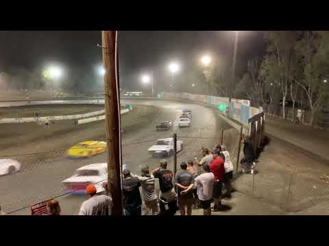 Mike Moshier Classic Hobby Stock Bakersfield Speedway. - dirt track racing video image