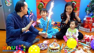 Happy Birthday Song from Xavi Pretend Play with Birthday Cake
