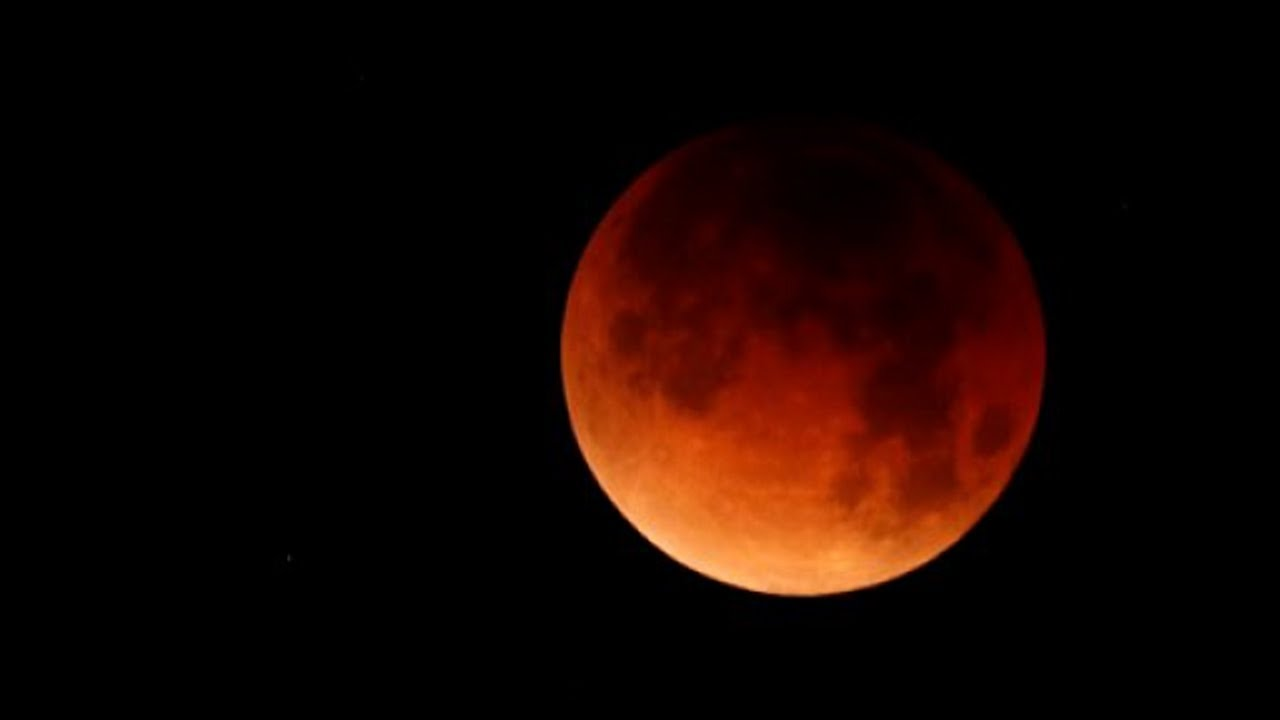 lunar eclipse dates in india Chandra grahan on july 27 - 28, 2018 - total lunar eclipse (early hours on july 28) it is fully visible in india from the night of july 27 to early morning hours of july 28 time in india is from 11:54 pm on july 27 to 3:49 am on july 28, 2018.