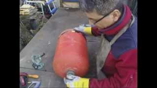 Repeat youtube video Découpage bouteille de gaz étape par étape, how tu cut a bottle gas www.ecoteco.fr