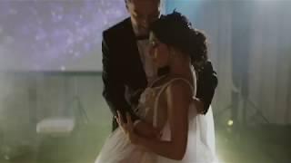 До слез.  Невеста спела красивую песню жениху. Невеста поет на свадьбе. Смотреть до конца