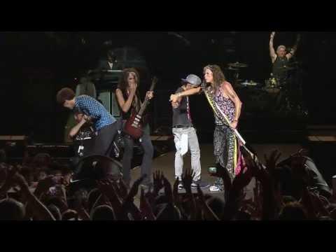 Performing with Aerosmith in Singapore (Full Version) Enjoy it!!!!!