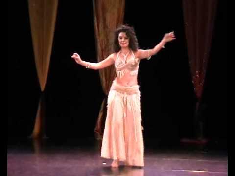Nava Aharoni belly dance Solo Darbooka