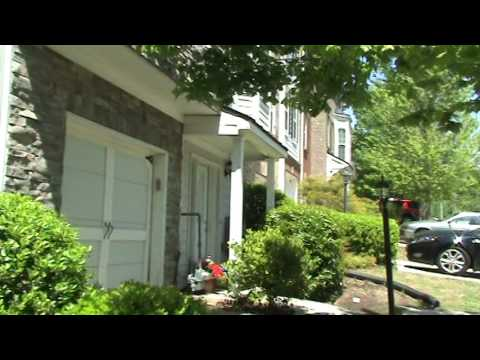 HandyANDY reviews rotted trim on a bay window in Holly Springs