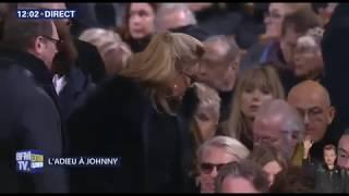 ENTERREMENT DE JOHNNY HALLYDAY (HOMMAGE + CORTÈGE + ARRIVÉ A L'ÉGLISE)