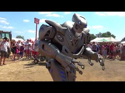 Titan The Robot @ Hollowell Steam Rally 2018