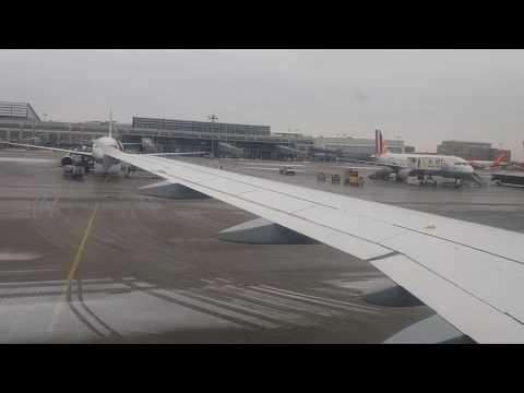 Germanwing taxi in Stuttgart Airport