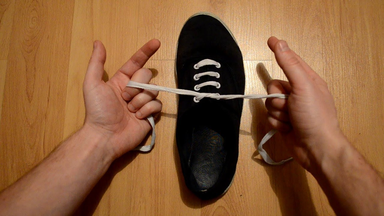 How to tie your shoe lace in one second youtube how to tie your shoe lace in one second ccuart Gallery