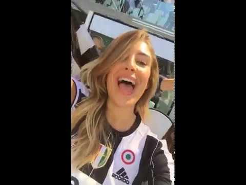 Scudetto Juventus: Valentina Allegri canta l'inno bianconero