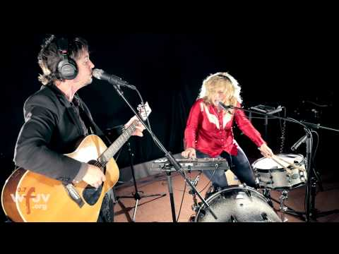 """Shovels & Rope - """"The Devil Is All Around"""" (Live at WFUV)"""