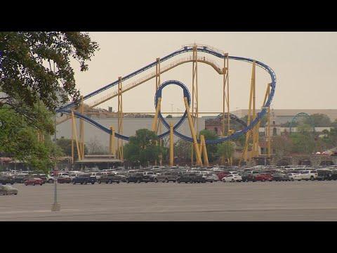 Six Flags Fiesta Texas Hallowfest Kicks Off Today Youtube