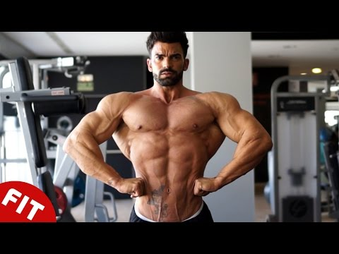 SERGI CONSTANCE INSANE BACK WORKOUT