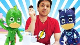 Video educativi con giocattoli. PJ Masks Super Pigiamini e PlayDoh. Giochi per bambini.