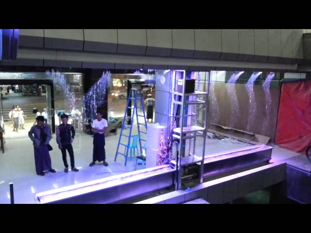 Màn nước nghệ thuật MAGIC WATER CURTAIN IN SHOPPING MALL   MYANMA
