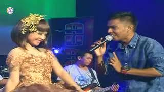 Tasya Feat Gerry Mahesa - Semalam Turun Hujan ( Official Music Video )