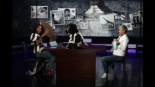 Video Kerry Washington Gets a Scare During 'Purple Purseword' download MP3, 3GP, MP4, WEBM, AVI, FLV Desember 2017