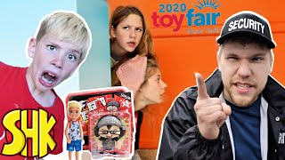 Hide and Seek Search for Toy Noah at the New York Toy Fair 2020 | SuperHeroKids