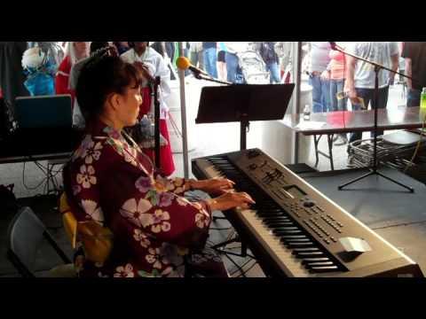 Miki Saito Performing Sakura