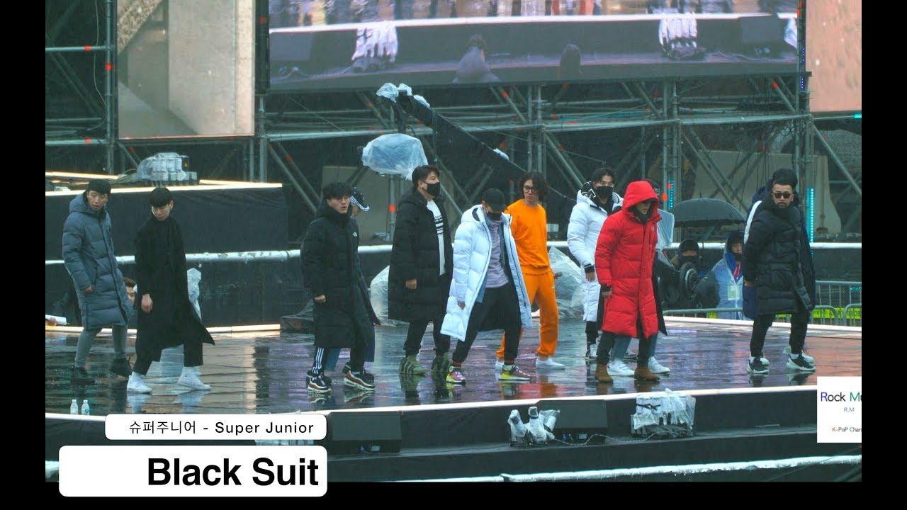Download 슈퍼주니어 - Super Junior[4K Rehearsal 직캠]Black Suit@180224 락뮤직
