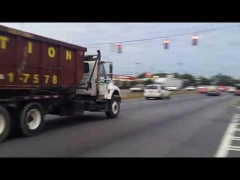 Waste Pro International 7500 roll off