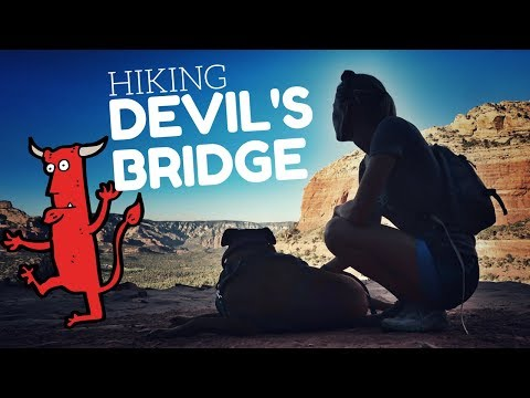 Hiking Devil's Bridge in Sedona, Arizona 🏃✌ The Best Hike in Sedona 🇺🇸😜 Hiking Trails in Arizona