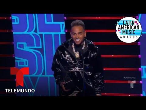 "DJ Snake, Selena Gomez, Ozuna y Cardi B,  premio Canción del Año por ""Taki Taki"" | Latin AMAs 2019"