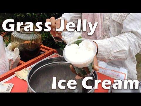 Indonesian Street Drink (Bandung): Grass Jelly Ice Cream (Es Krim Cincau)
