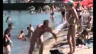 встал на пляже смешное видео))))))(, 2012-08-31T07:16:30.000Z)