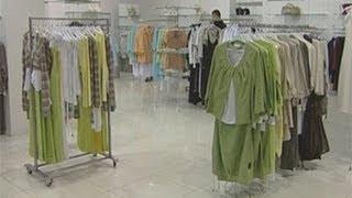 Предприниматели и чиновники обсудили нюансы регламента Таможенного союза(Торговые центры и рынки смогут продлить рабочий день, чтобы распродать всю несертифицированную продукцию..., 2013-07-09T18:45:22.000Z)