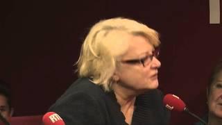 Josiane Balasko: Les rumeurs du net du 06/12/2012 dans A La Bonne Heure - RTL - RTL