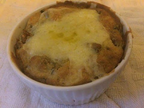KETOGENIC RECIPE: Sausage and cheese breakfast pie